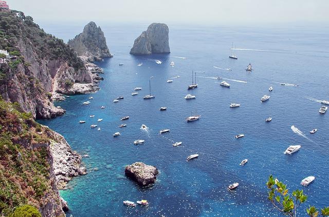 traghetti napoli Capri
