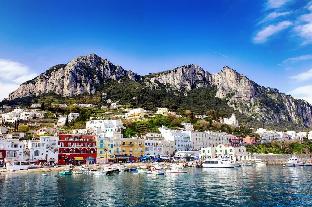 traghetti aliscafi capri amalfi