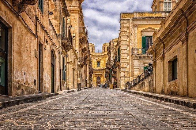cosa visitare sicilia sette giorni noto